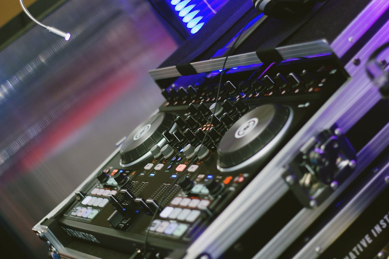 Mobile Discos And DJs