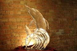 Order an ice sculpture from Ding's Entertainment Ltd