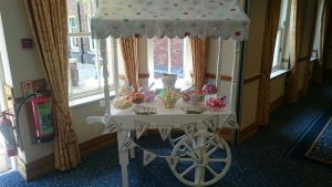 Just Married Candy Cart